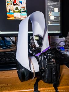Diffusor voor een pop-up flitser van een spiegelreflex