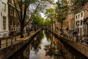 Zomeravondlicht Amsterdam